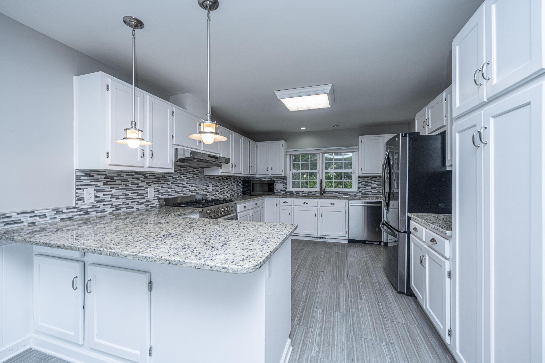 Ashborough Homes For Sale - 114 Lakeview, Summerville, SC - 28