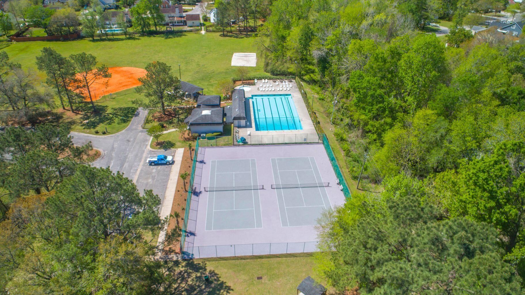 Ashborough Homes For Sale - 114 Lakeview, Summerville, SC - 38