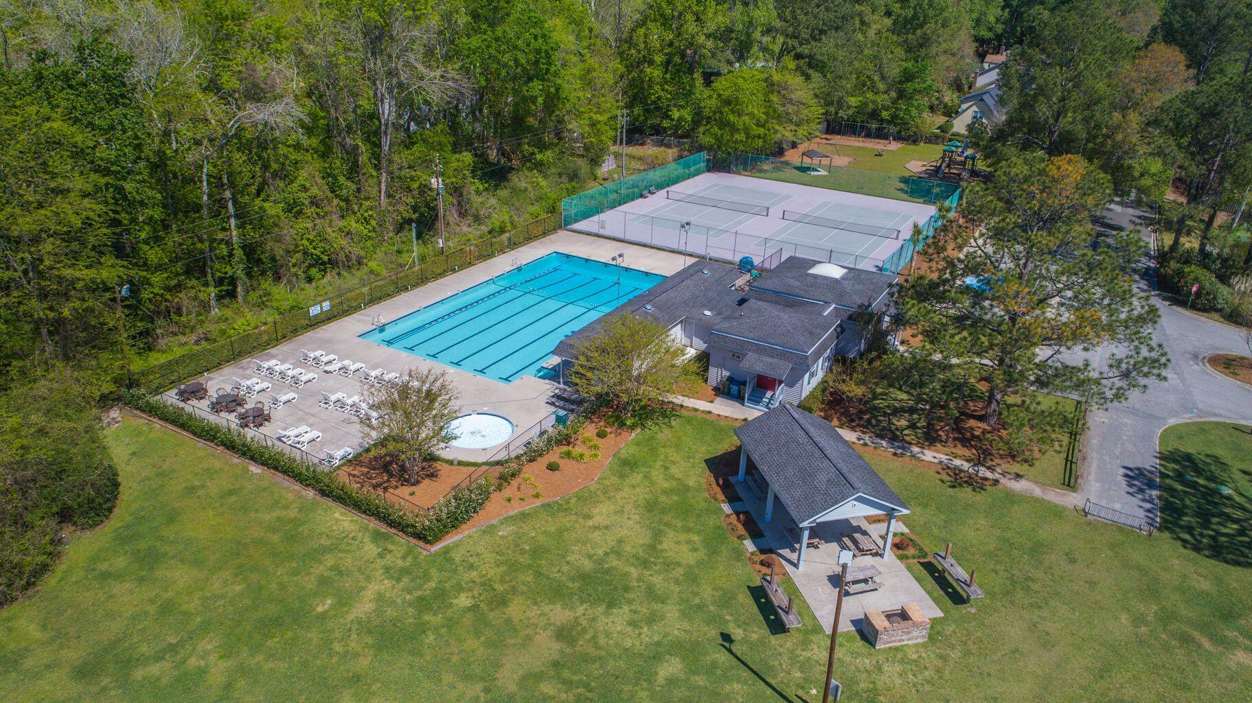 Ashborough Homes For Sale - 114 Lakeview, Summerville, SC - 39