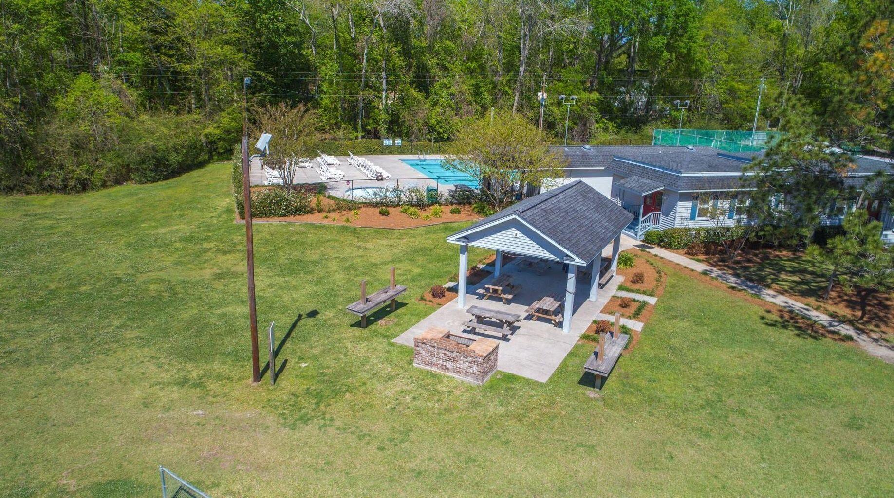 Ashborough Homes For Sale - 114 Lakeview, Summerville, SC - 20