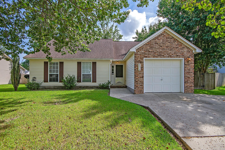 8574 Brookforest Drive North Charleston, SC 29406