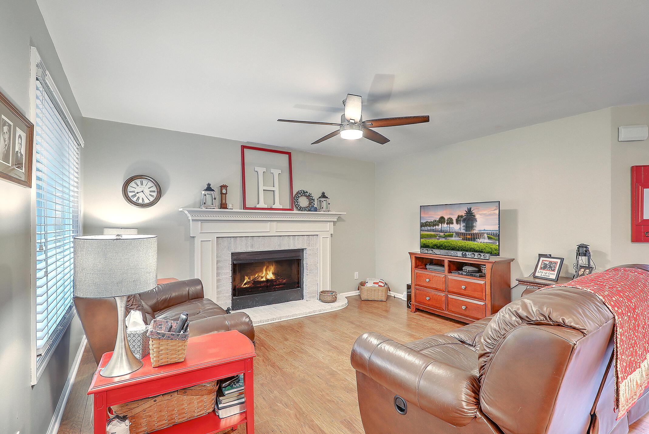 215 King Charles Circle Summerville, SC 29485