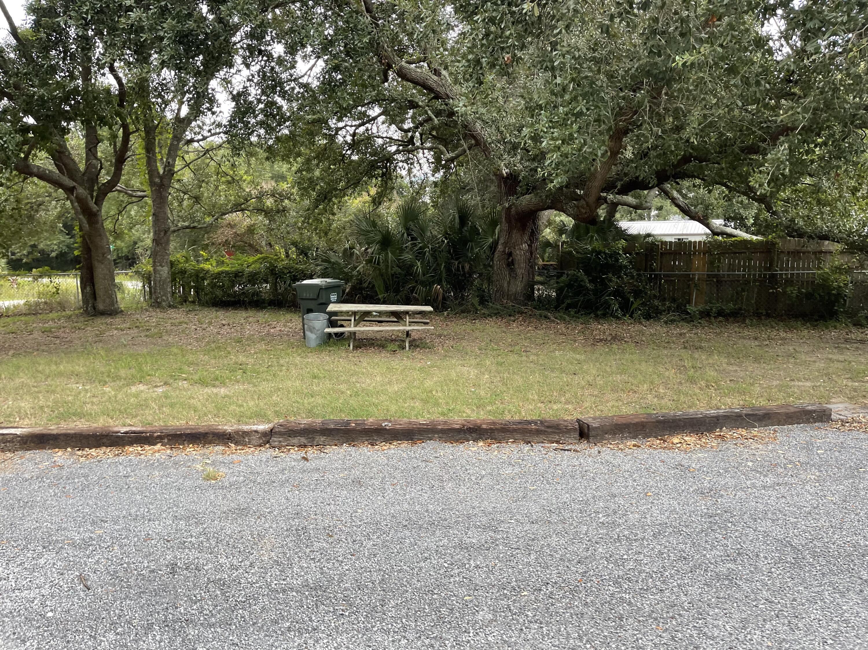 1587 Macoma Drive Mount Pleasant, SC 29466