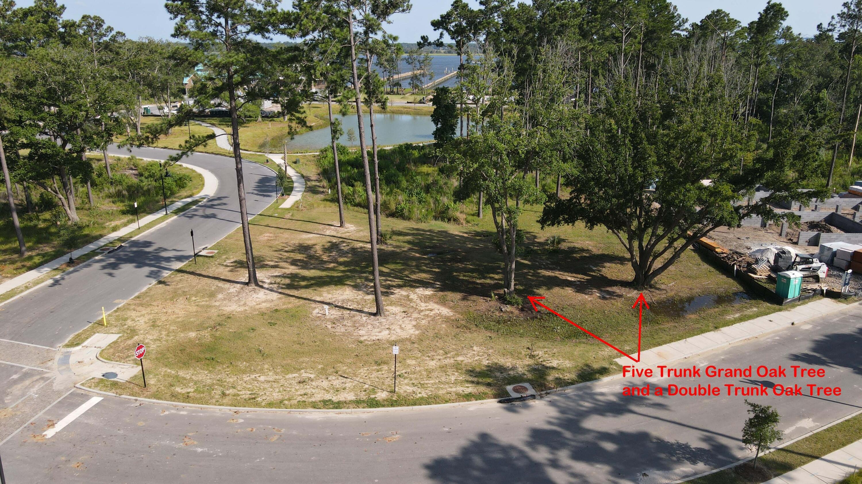 576 Old Compass Road Charleston, SC 29492