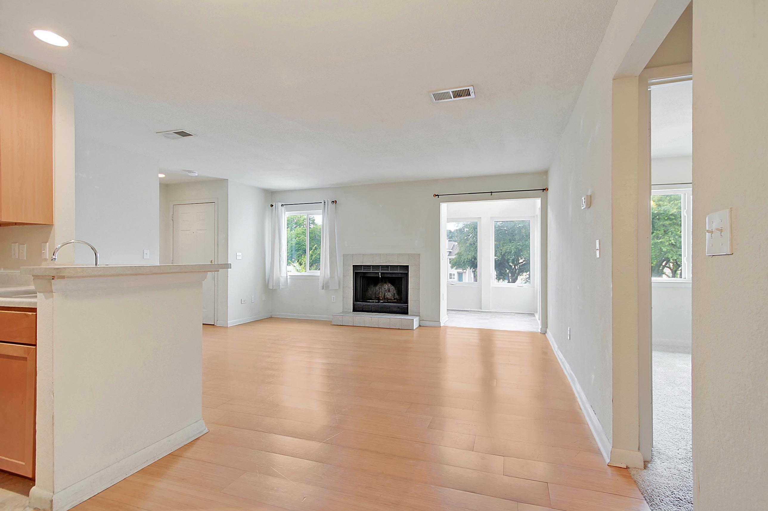 East Bridge Town Lofts Homes For Sale - 273 Alexandra, Mount Pleasant, SC - 16
