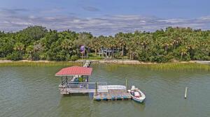 2331 Captain John Hutt Road, Isle of Palms, SC 29451
