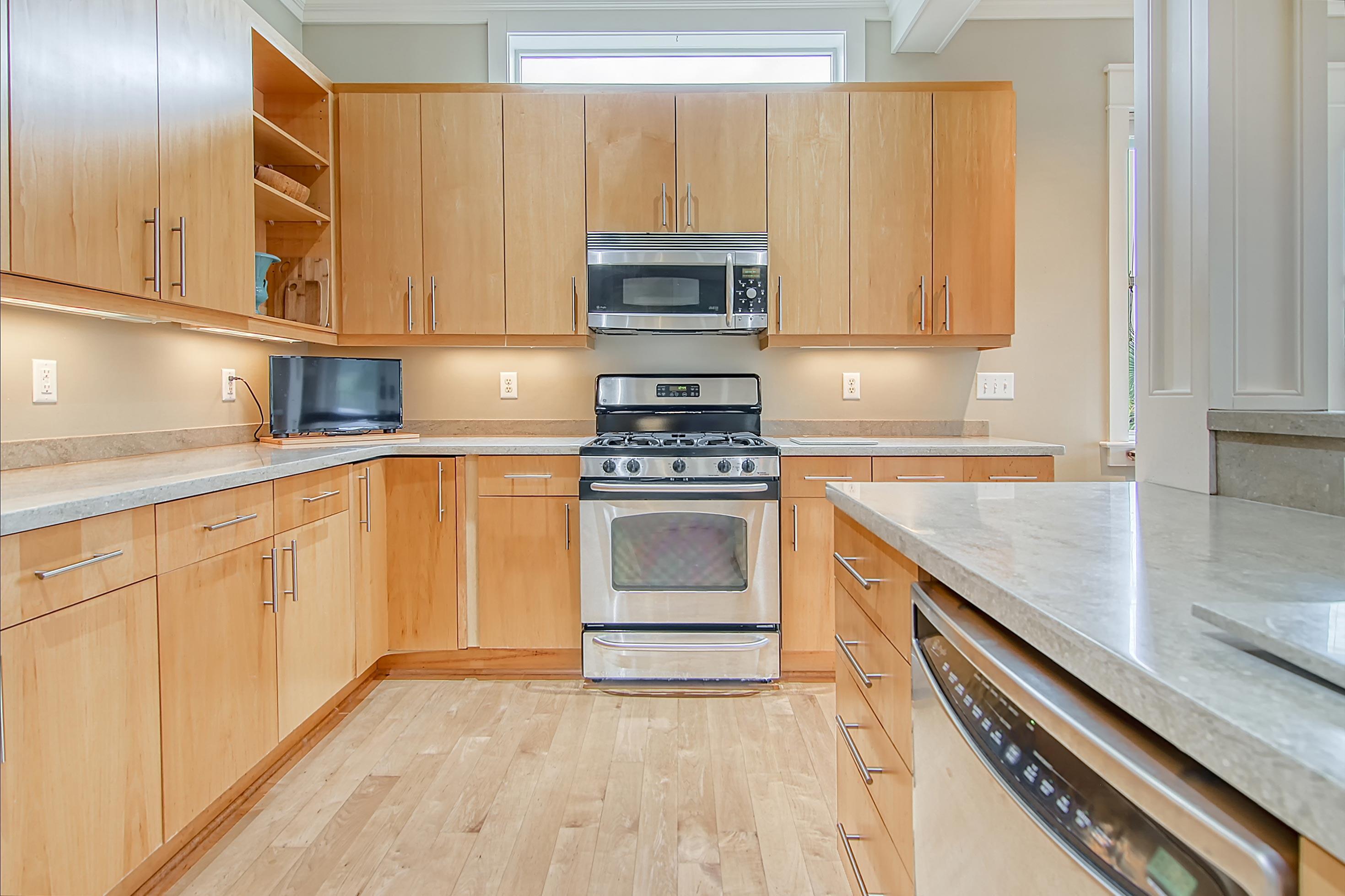 Scanlonville Homes For Sale - 152 6th, Mount Pleasant, SC - 1
