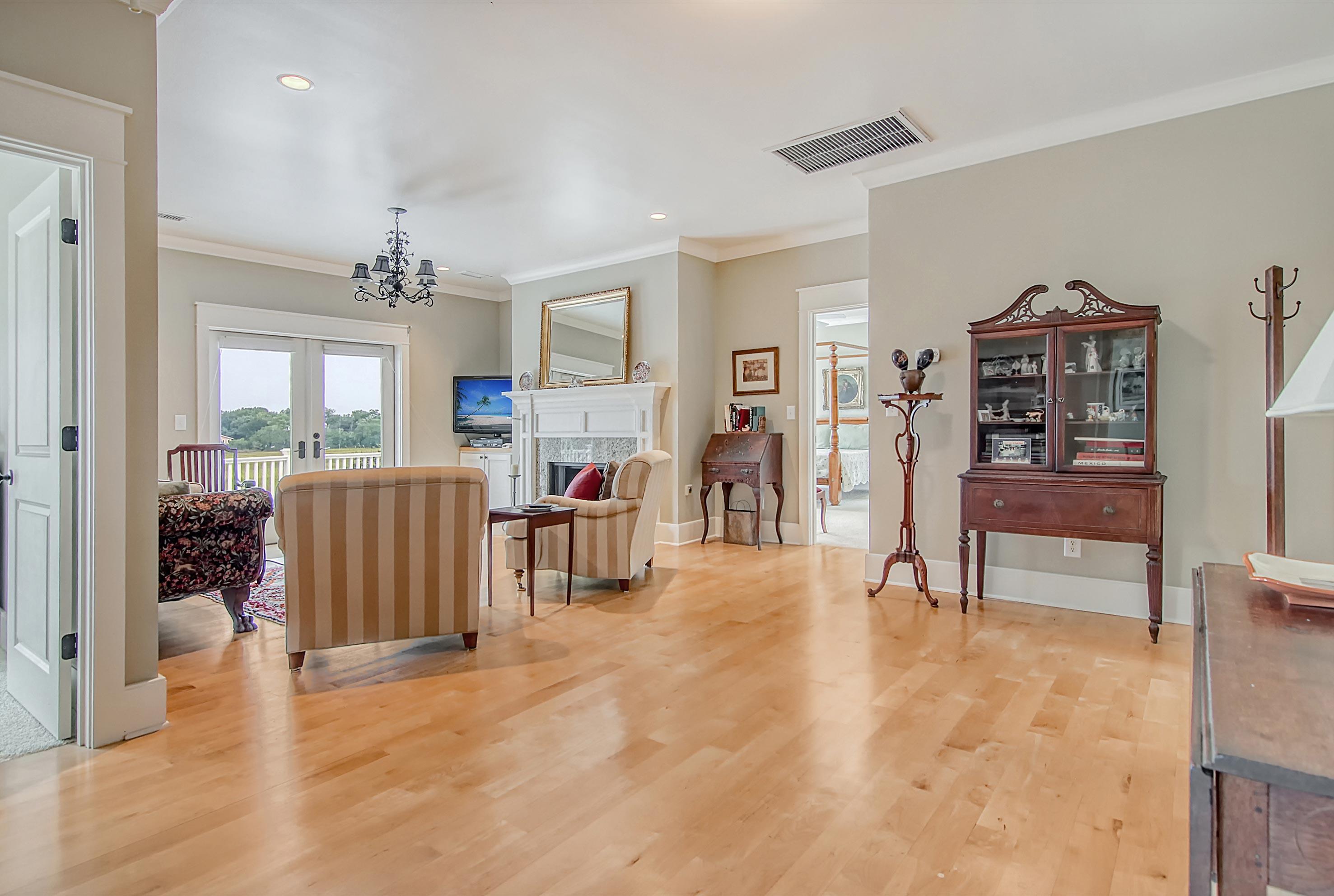 Scanlonville Homes For Sale - 152 6th, Mount Pleasant, SC - 69
