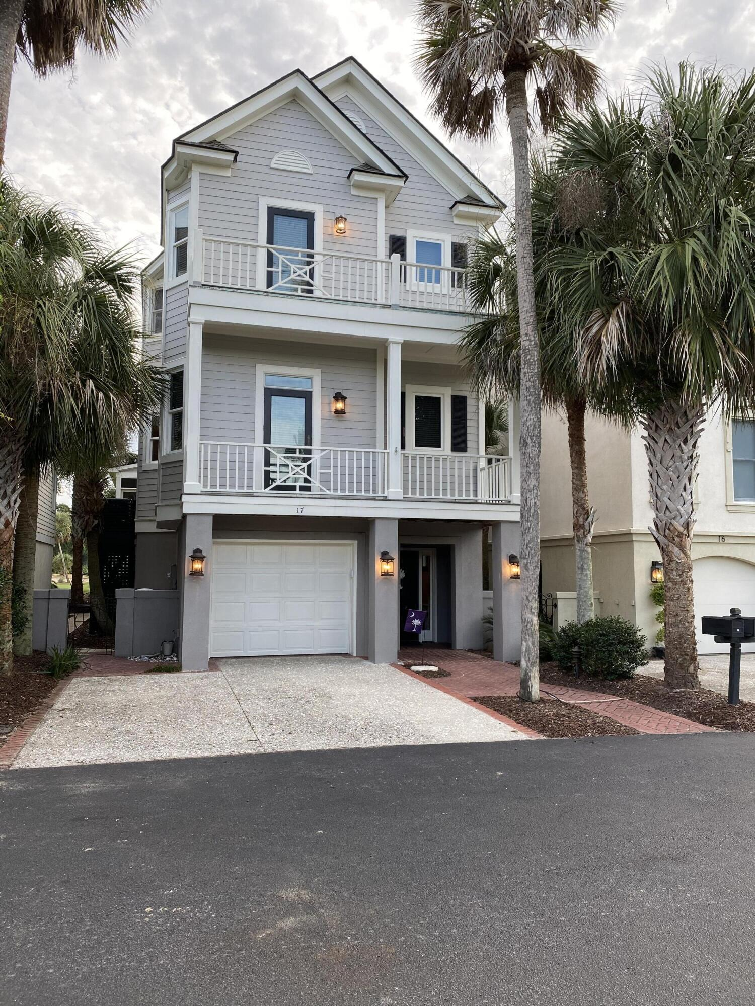 17 Commons Court Isle Of Palms, SC 29451