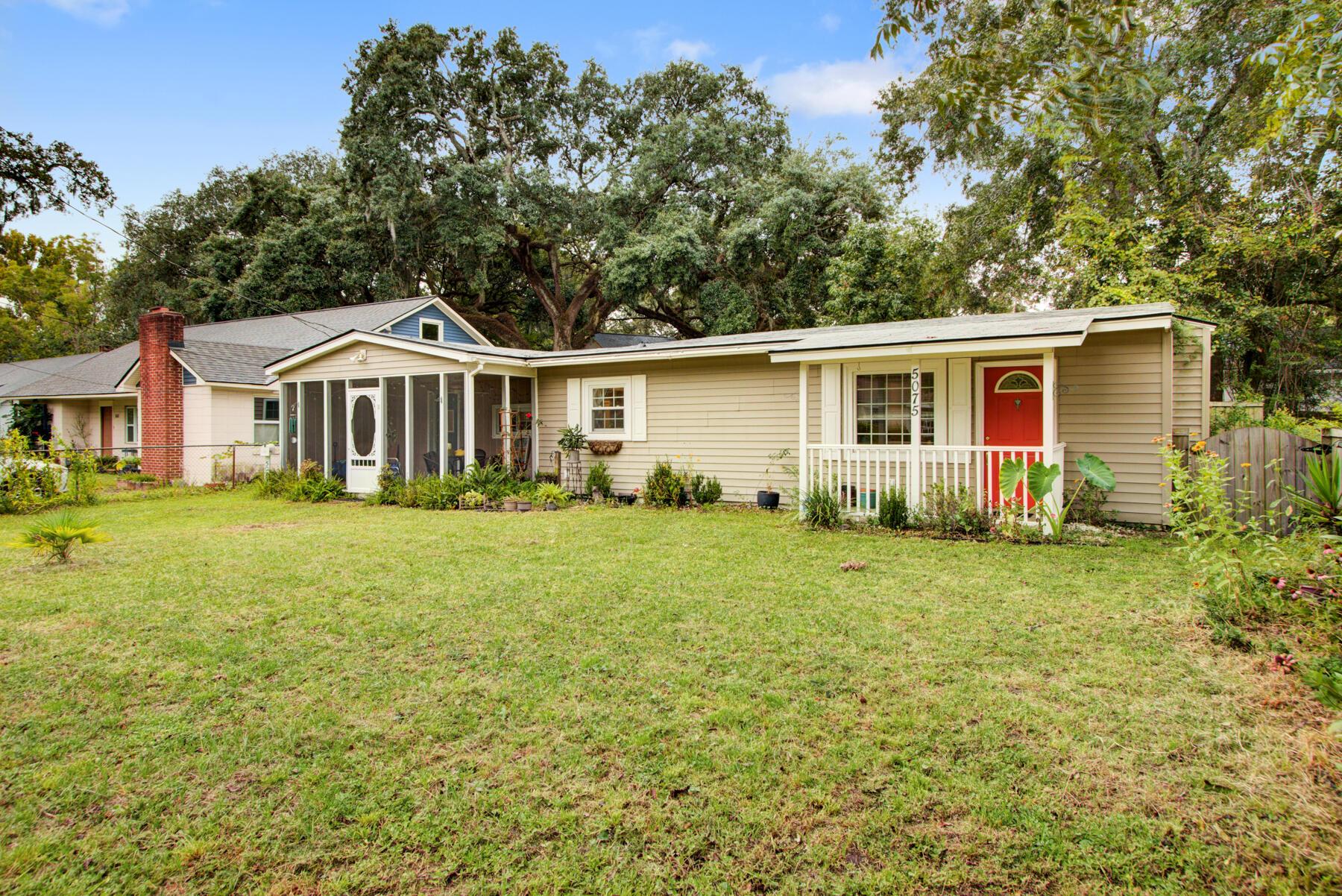5075 Chateau Avenue North Charleston, SC 29405