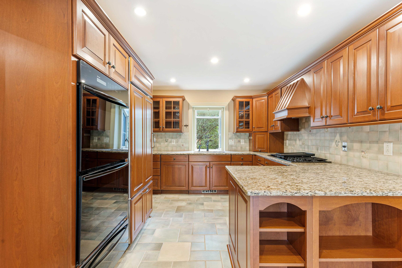Snee Farm Homes For Sale - 847 Law, Mount Pleasant, SC - 27