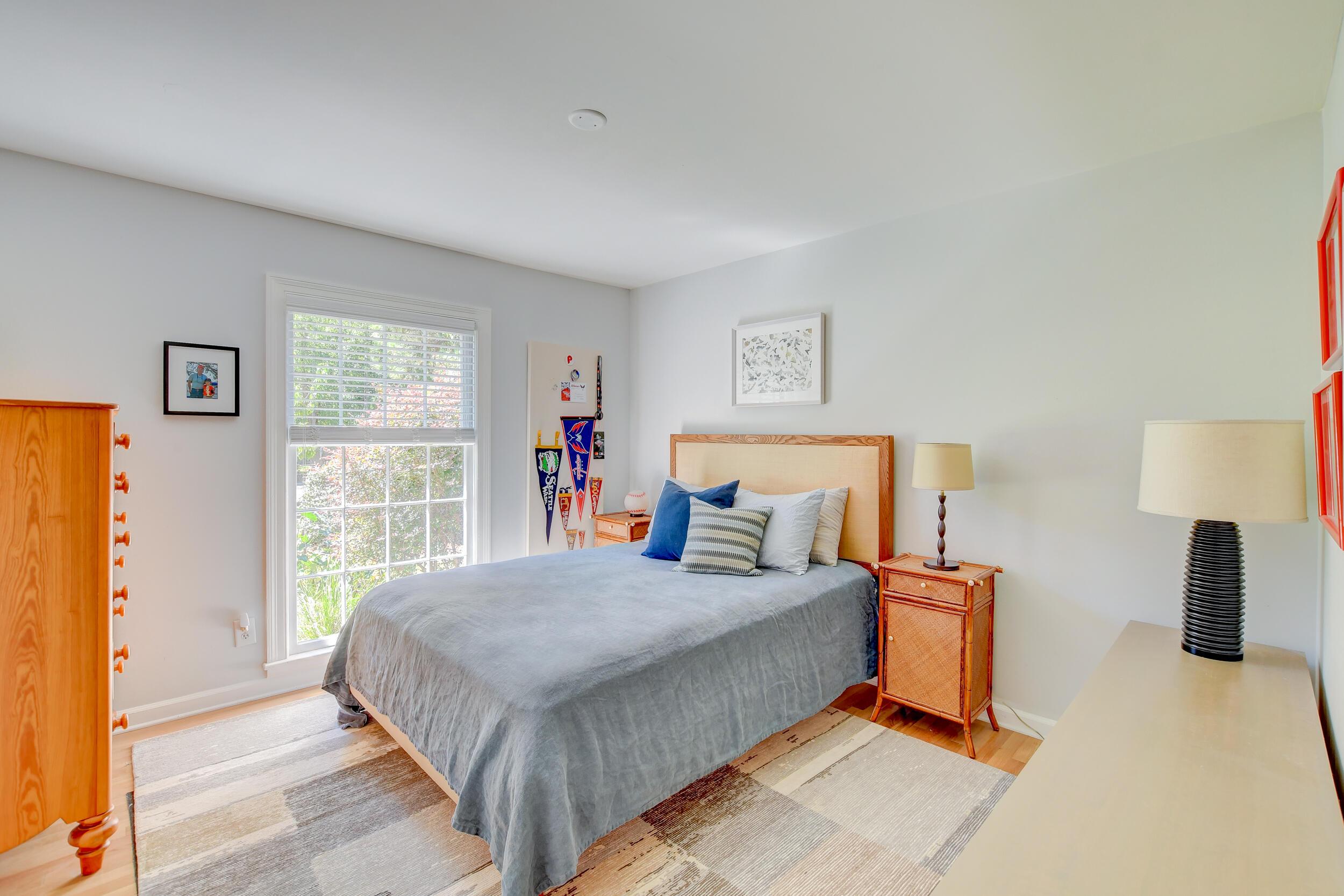 Snee Farm Homes For Sale - 955 Law, Mount Pleasant, SC - 37