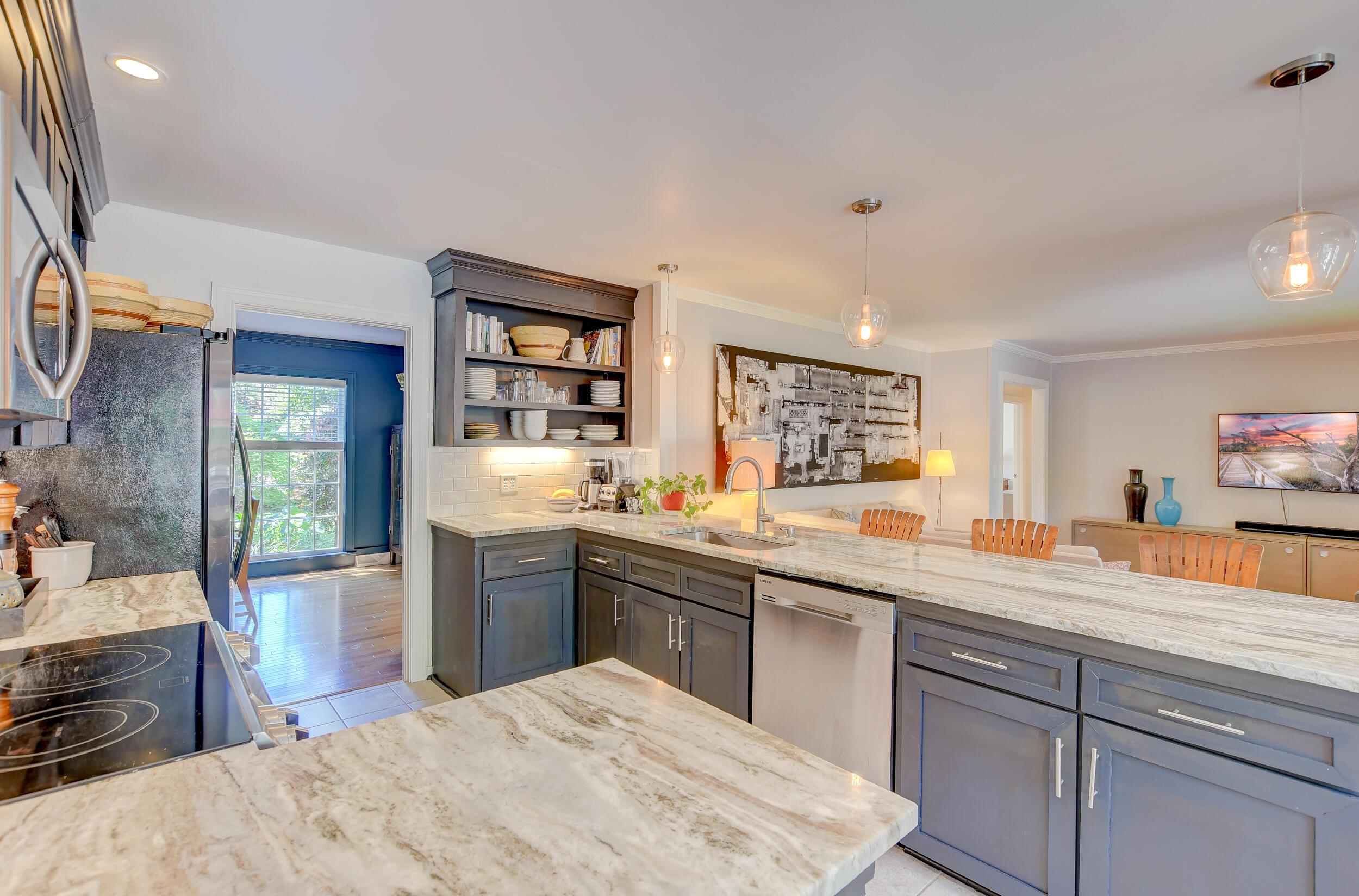 Snee Farm Homes For Sale - 955 Law, Mount Pleasant, SC - 27