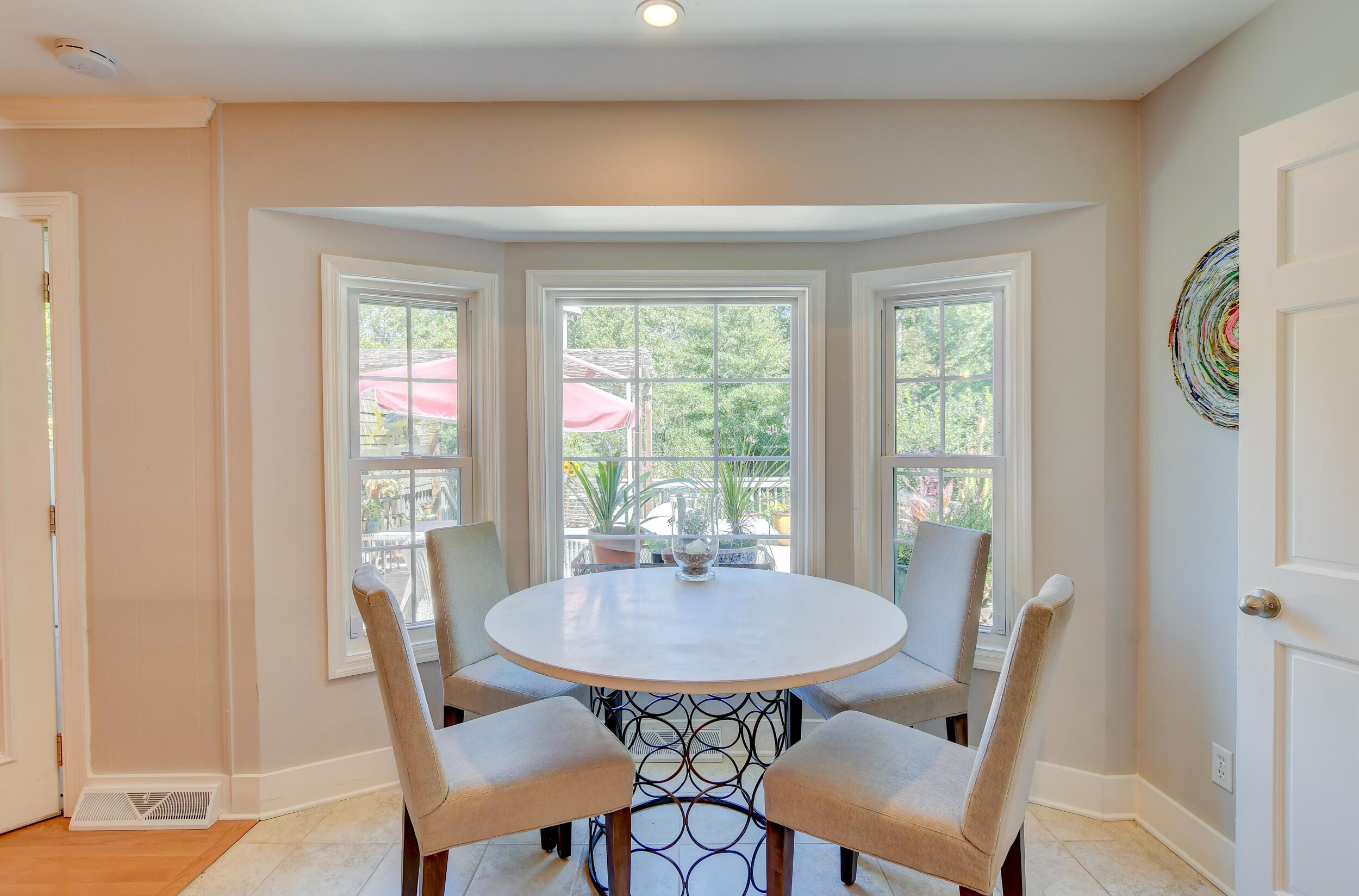 Snee Farm Homes For Sale - 955 Law, Mount Pleasant, SC - 16