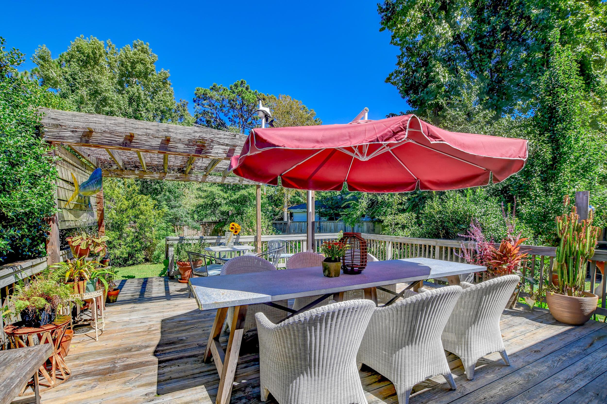 Snee Farm Homes For Sale - 955 Law, Mount Pleasant, SC - 6