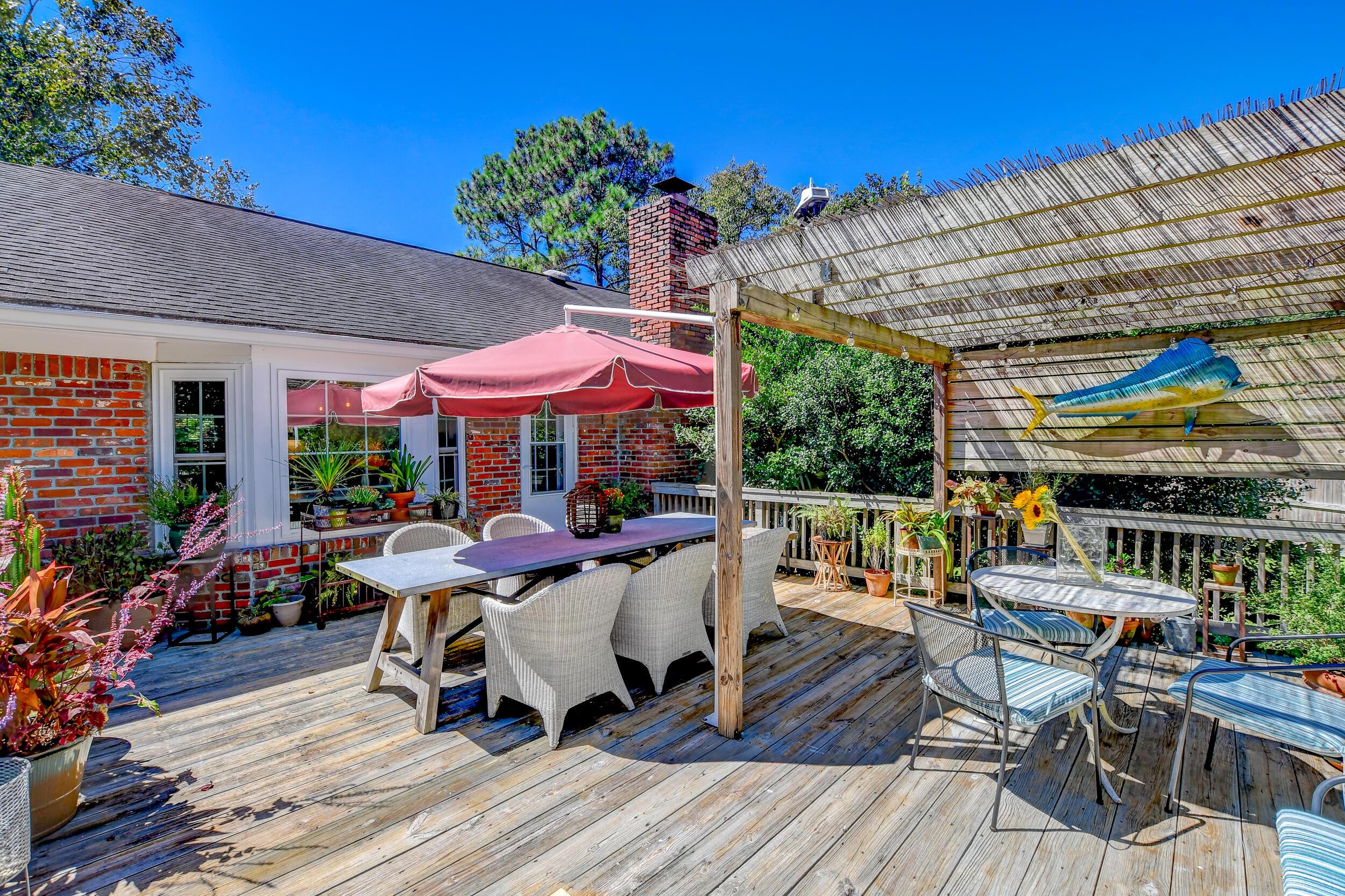 Snee Farm Homes For Sale - 955 Law, Mount Pleasant, SC - 32