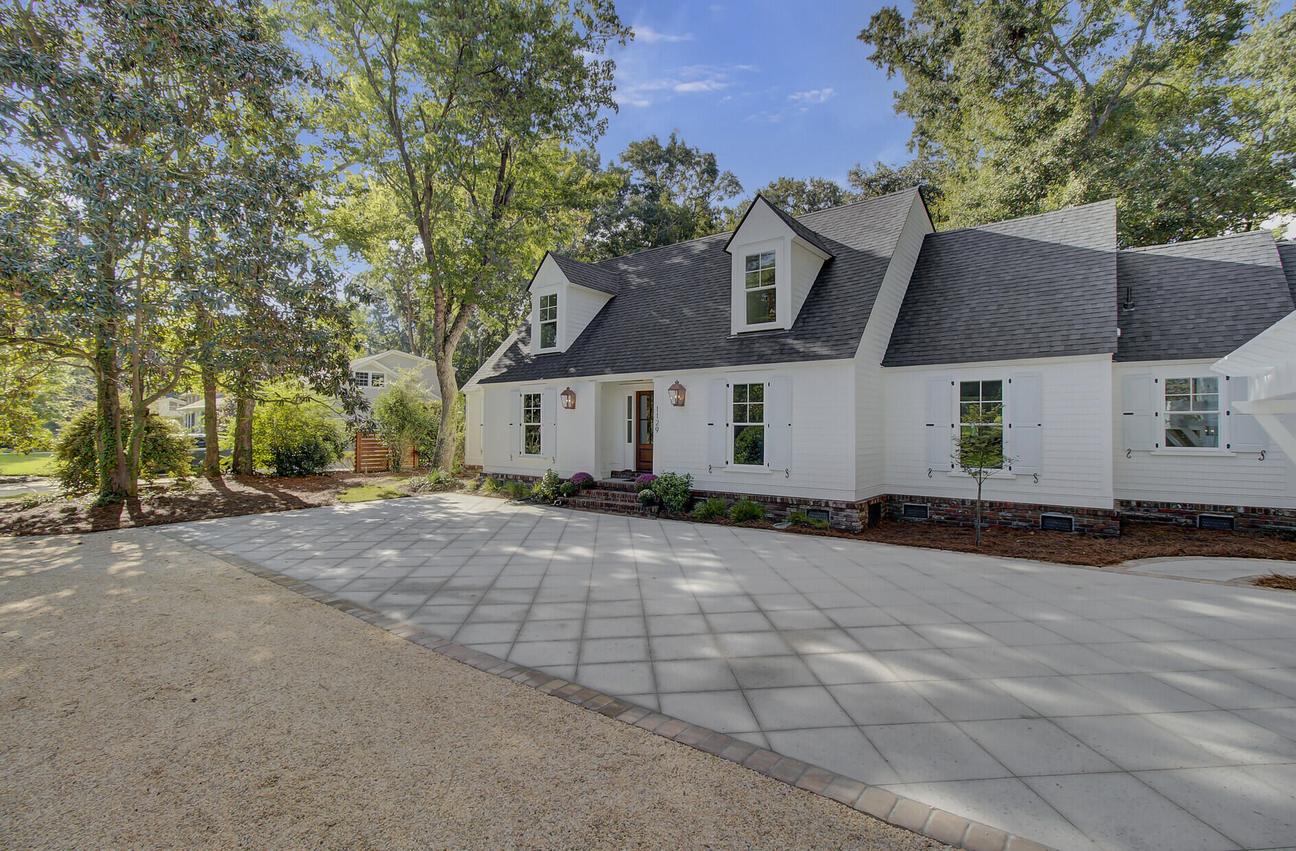 Snee Farm Homes For Sale - 1129 Deleisseline, Mount Pleasant, SC - 42
