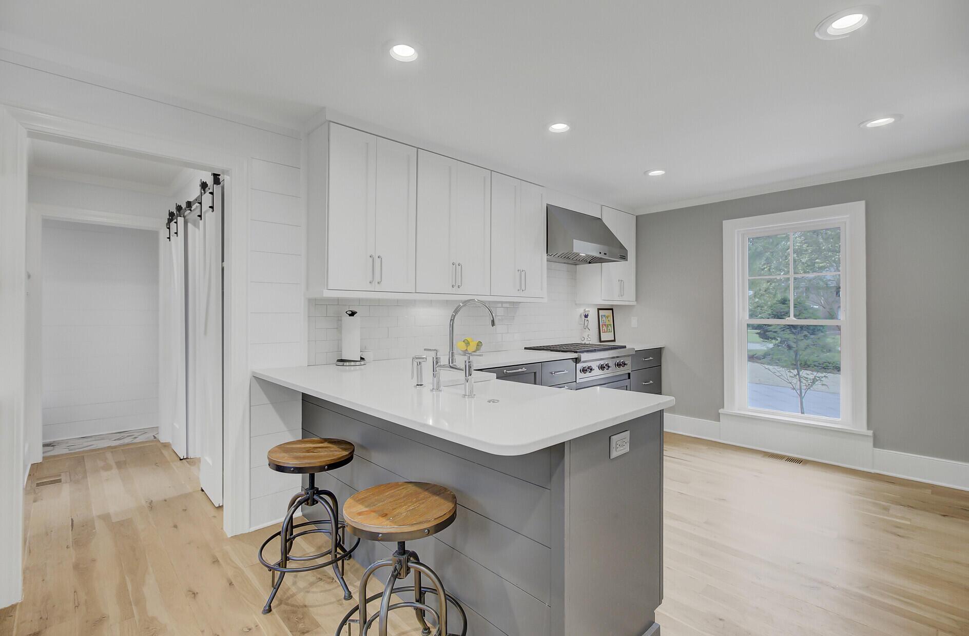 Snee Farm Homes For Sale - 1129 Deleisseline, Mount Pleasant, SC - 13