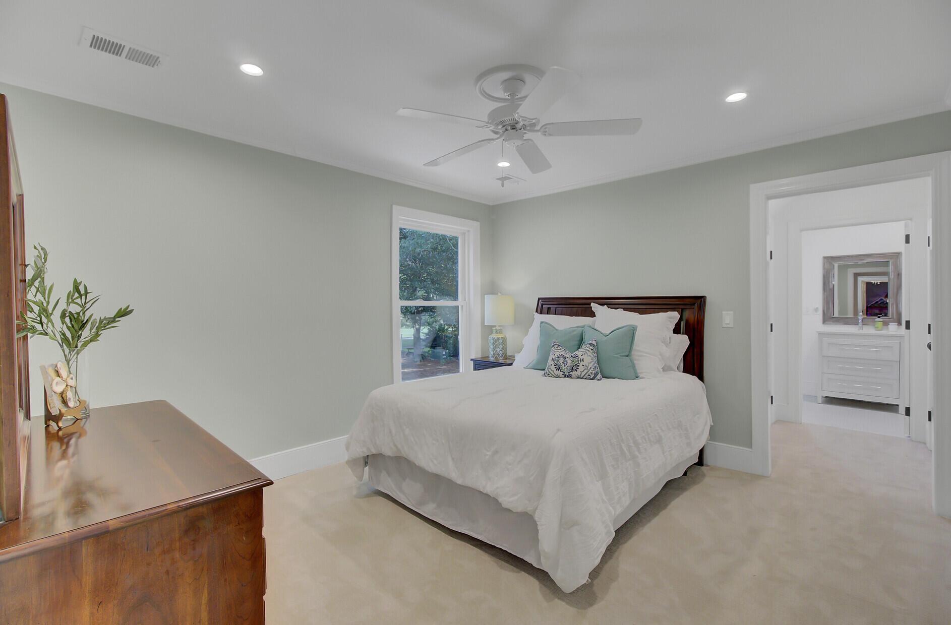 Snee Farm Homes For Sale - 1129 Deleisseline, Mount Pleasant, SC - 39