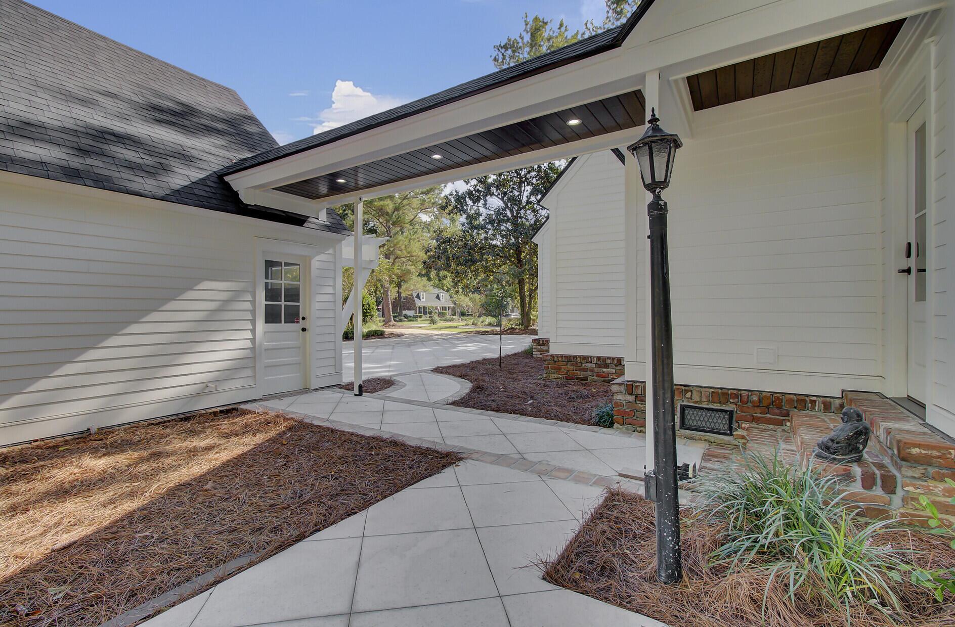 Snee Farm Homes For Sale - 1129 Deleisseline, Mount Pleasant, SC - 50