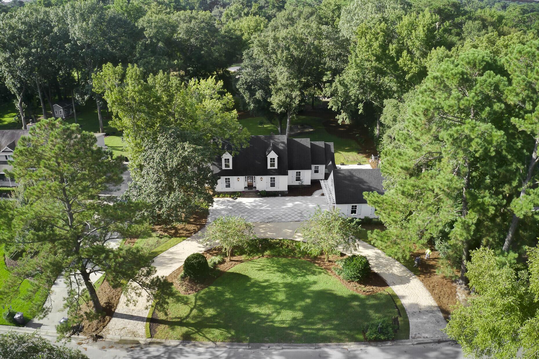 Snee Farm Homes For Sale - 1129 Deleisseline, Mount Pleasant, SC - 34