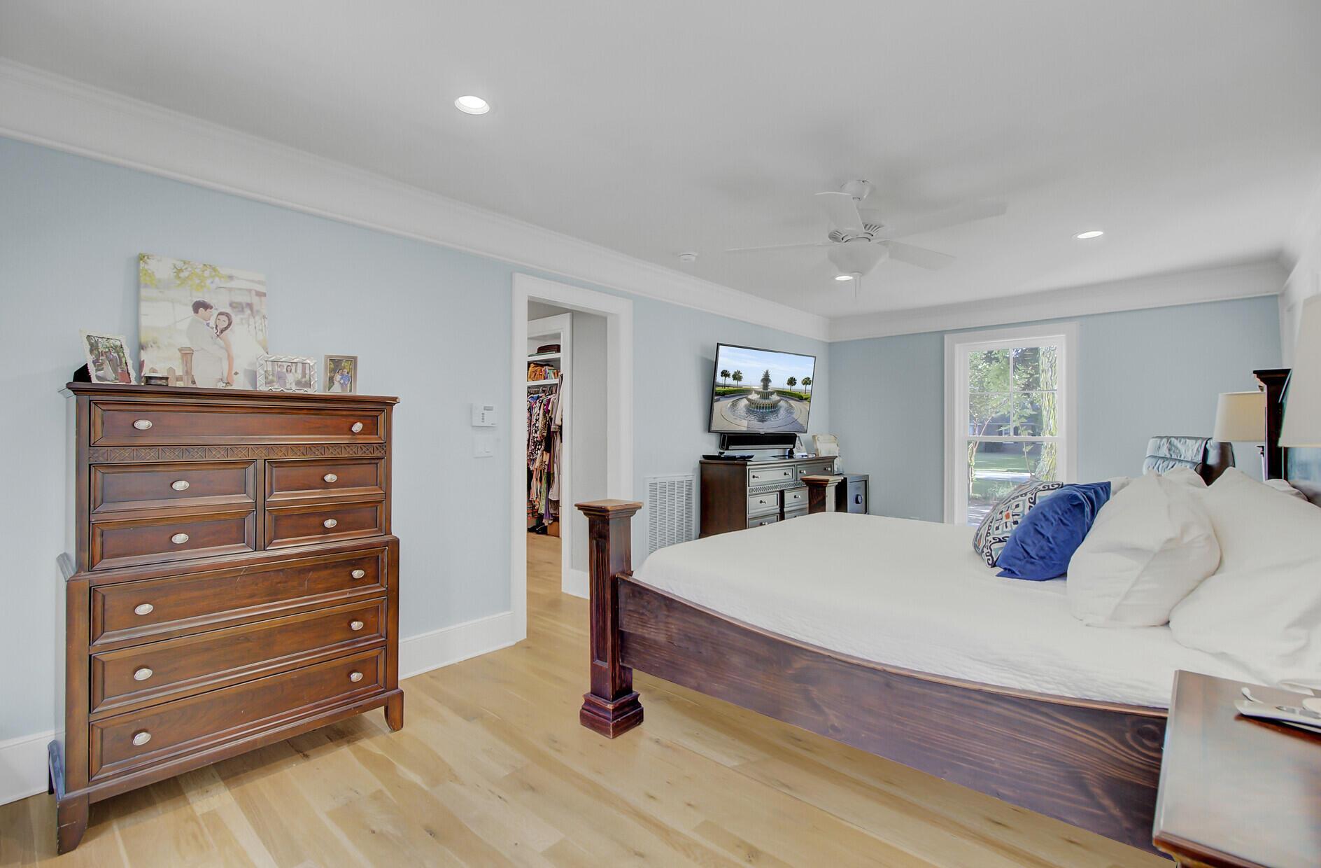 Snee Farm Homes For Sale - 1129 Deleisseline, Mount Pleasant, SC - 3