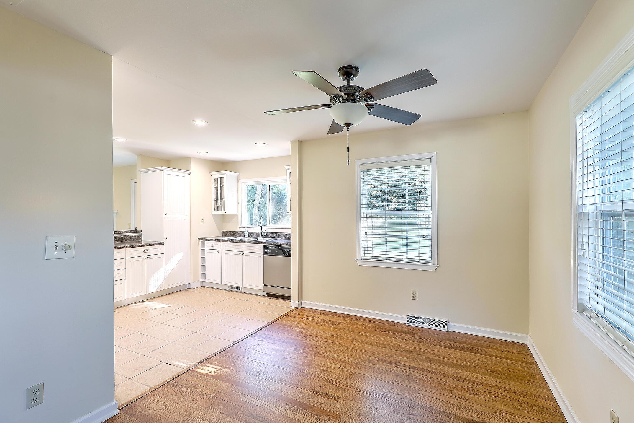 Cooper Estates Homes For Sale - 901 Searle, Mount Pleasant, SC - 14