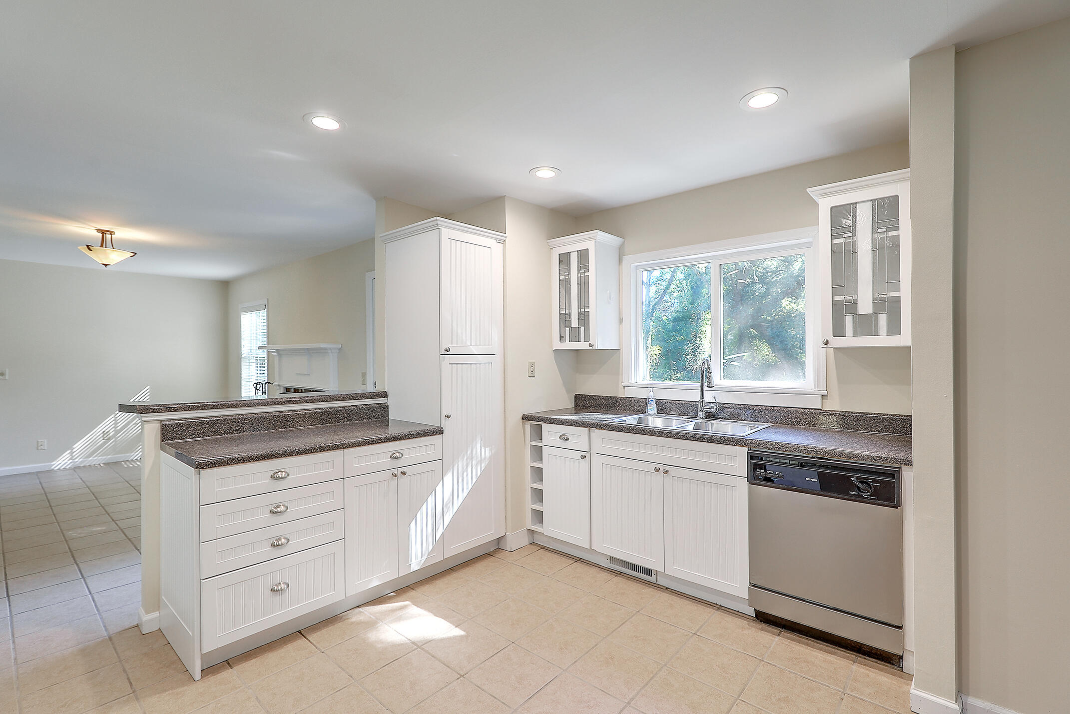 Cooper Estates Homes For Sale - 901 Searle, Mount Pleasant, SC - 21