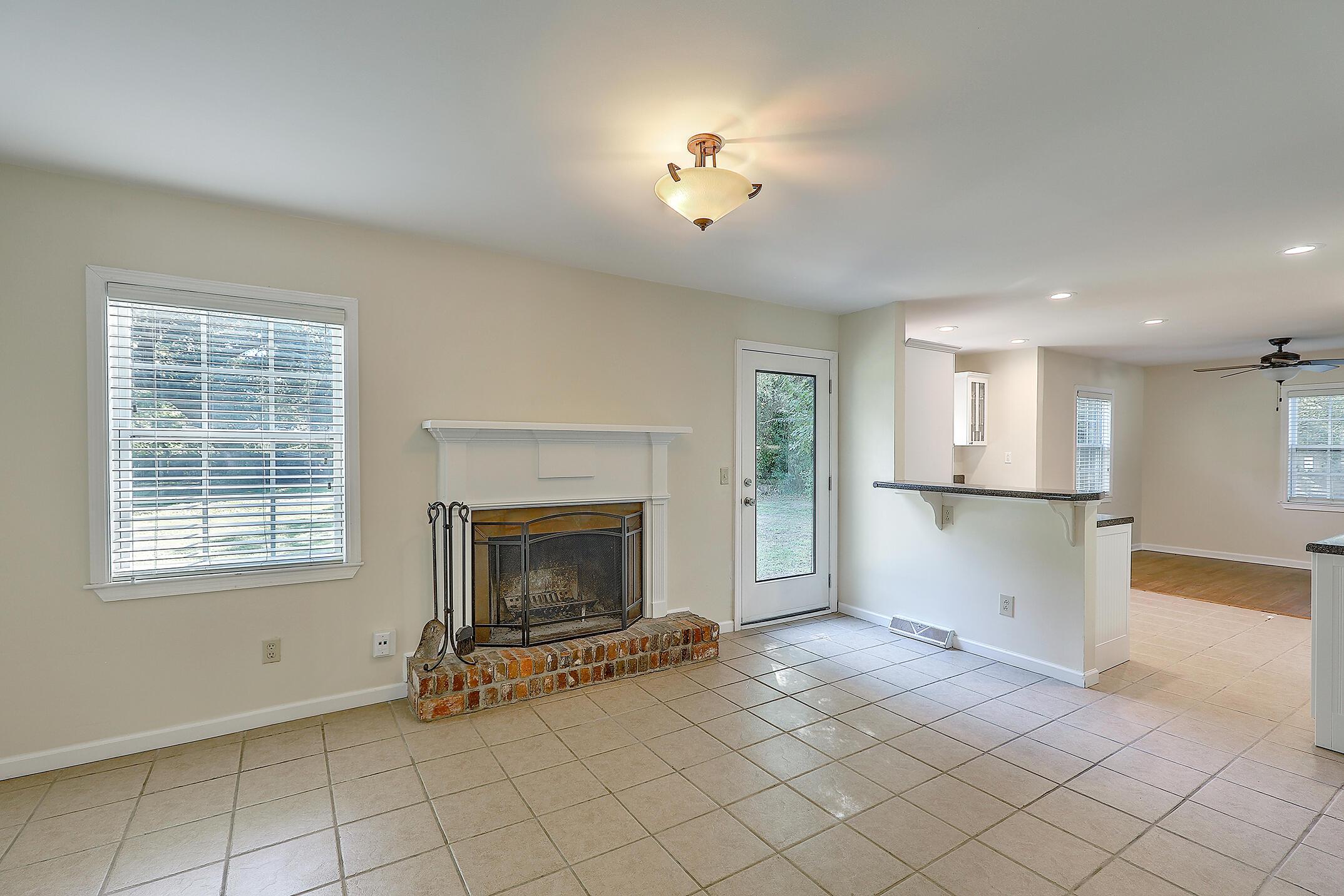 Cooper Estates Homes For Sale - 901 Searle, Mount Pleasant, SC - 15