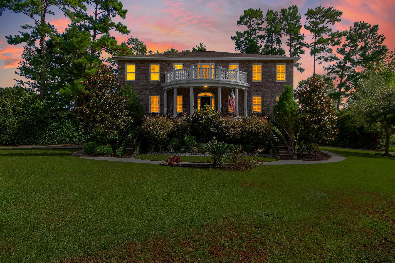 4263 Persimmon Woods Drive North Charleston, SC 29420
