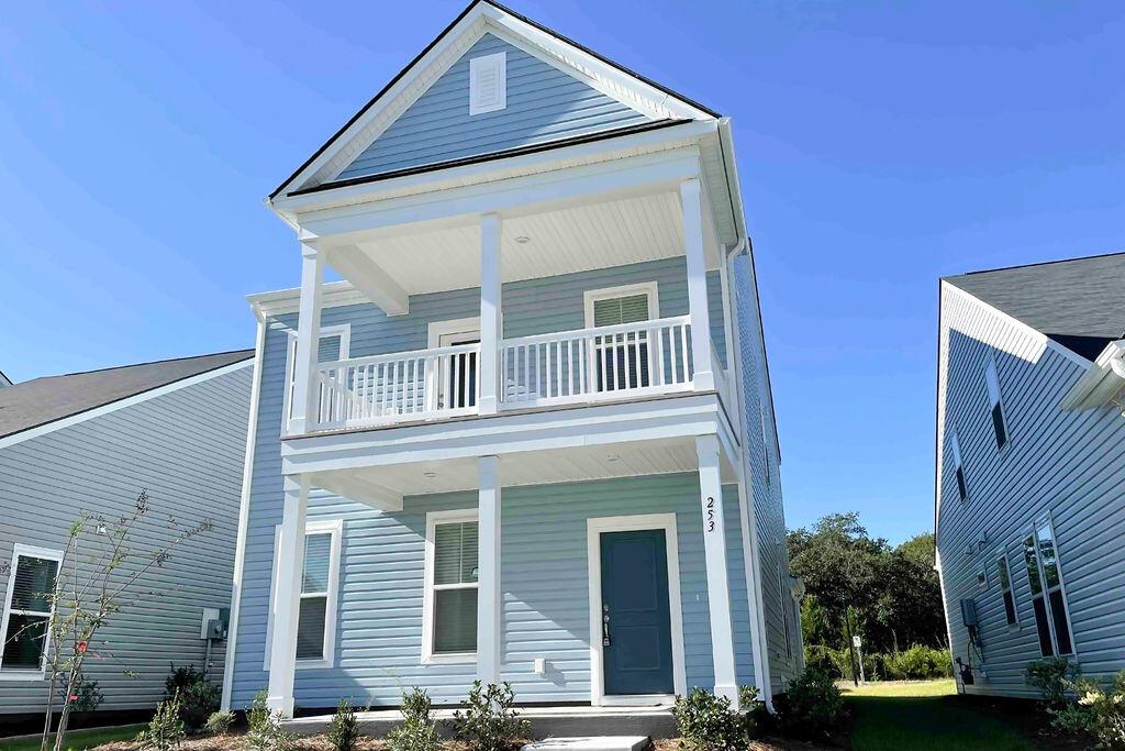 253 Rowans Creek Drive Charleston, SC 29492