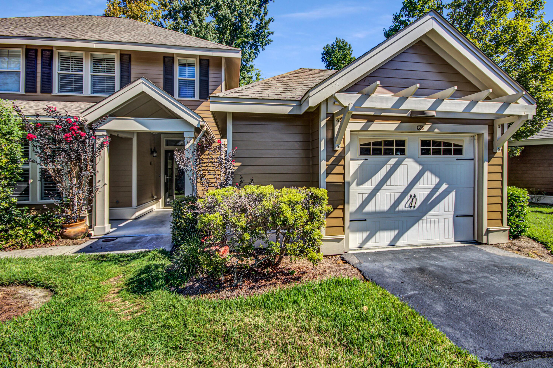 5528 Colonial Chatsworth Circle North Charleston, SC 29418