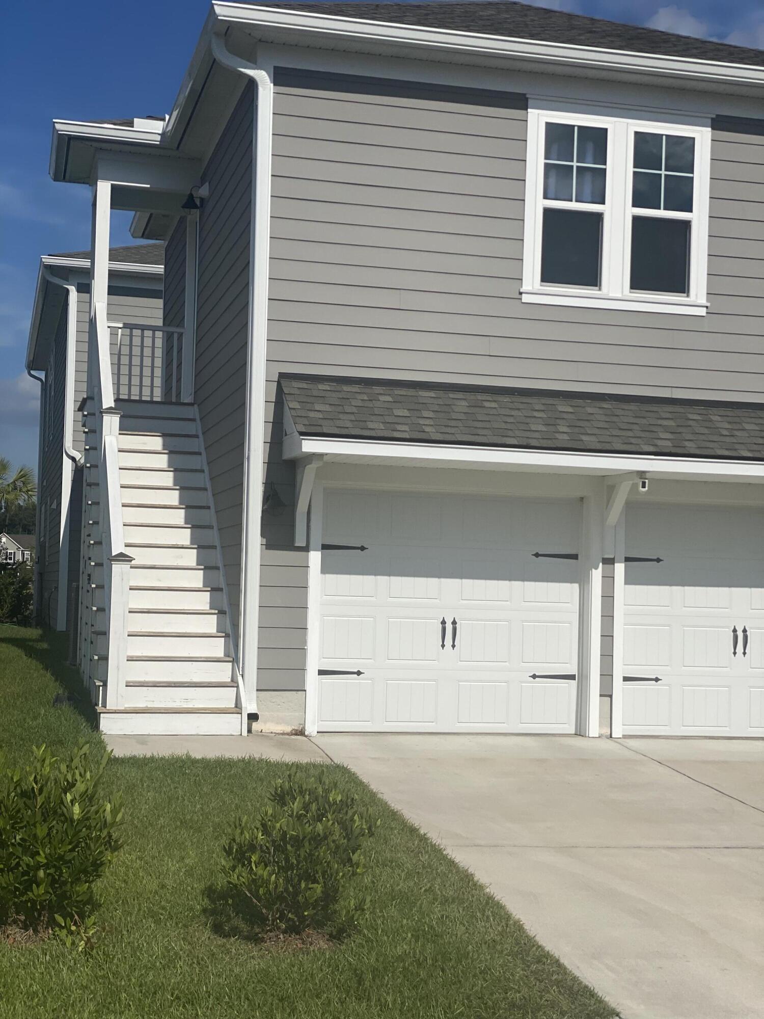 411 Scholar Way Garage Apt. Summerville, SC 29486