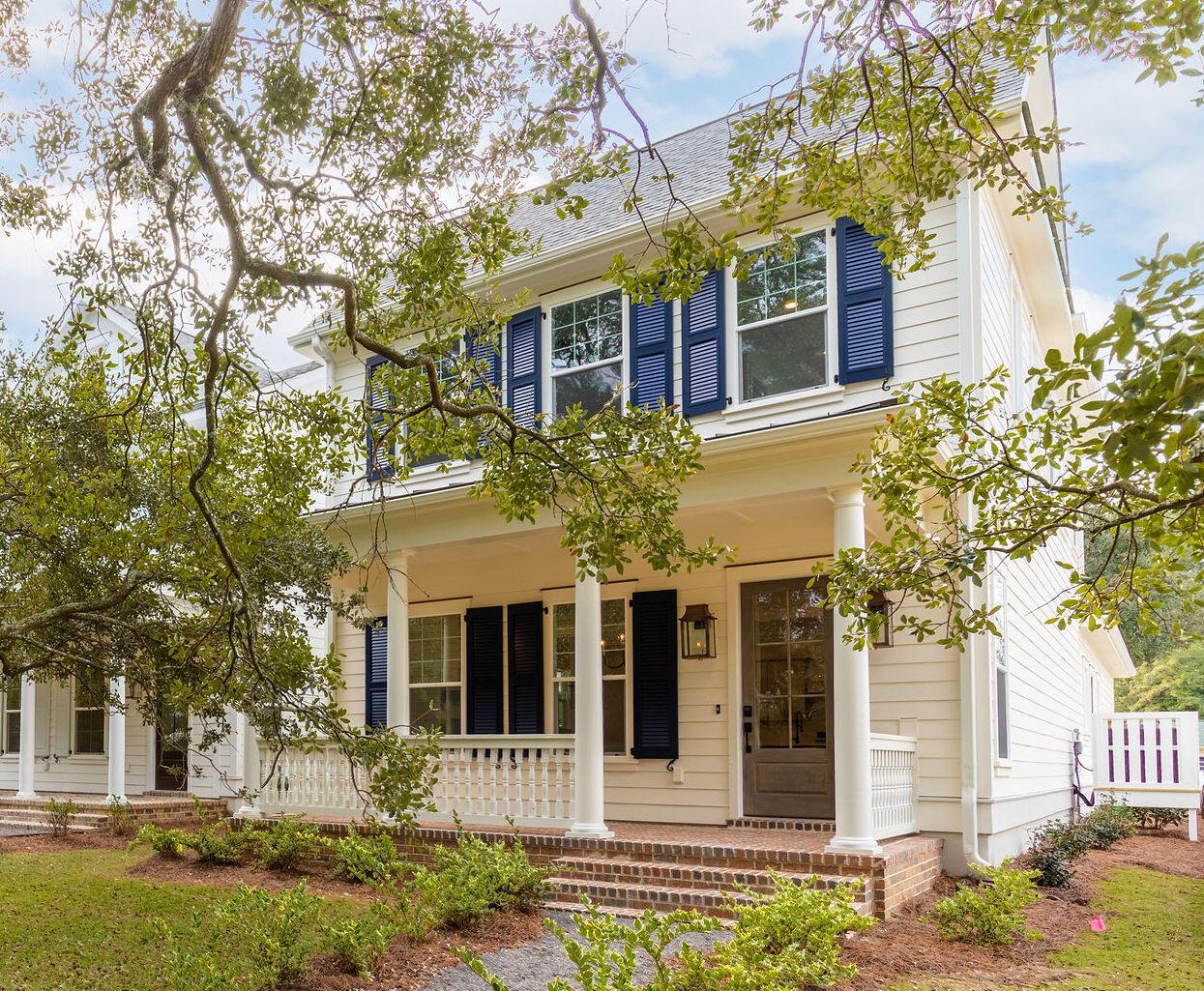 1029 Avenue of Oaks Charleston, SC 29407