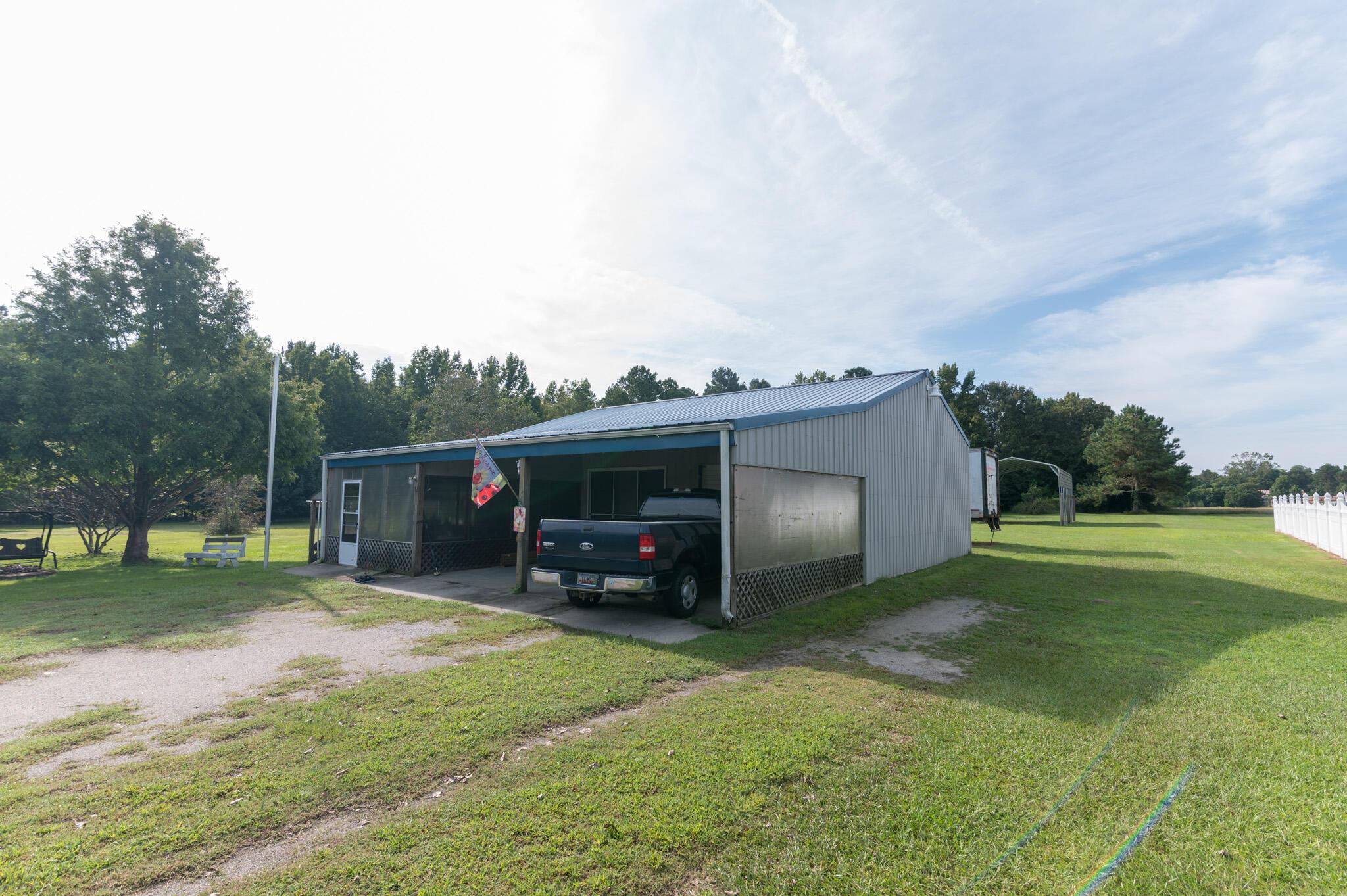 126 Meredith Drive Eutawville, SC 29048