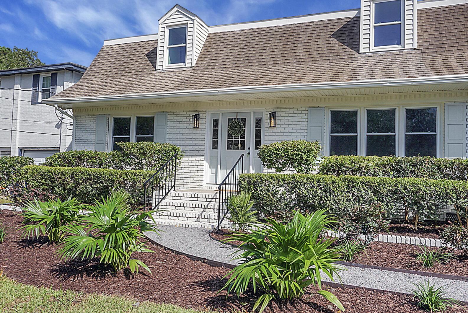 1872 Capri Drive Charleston, SC 29407