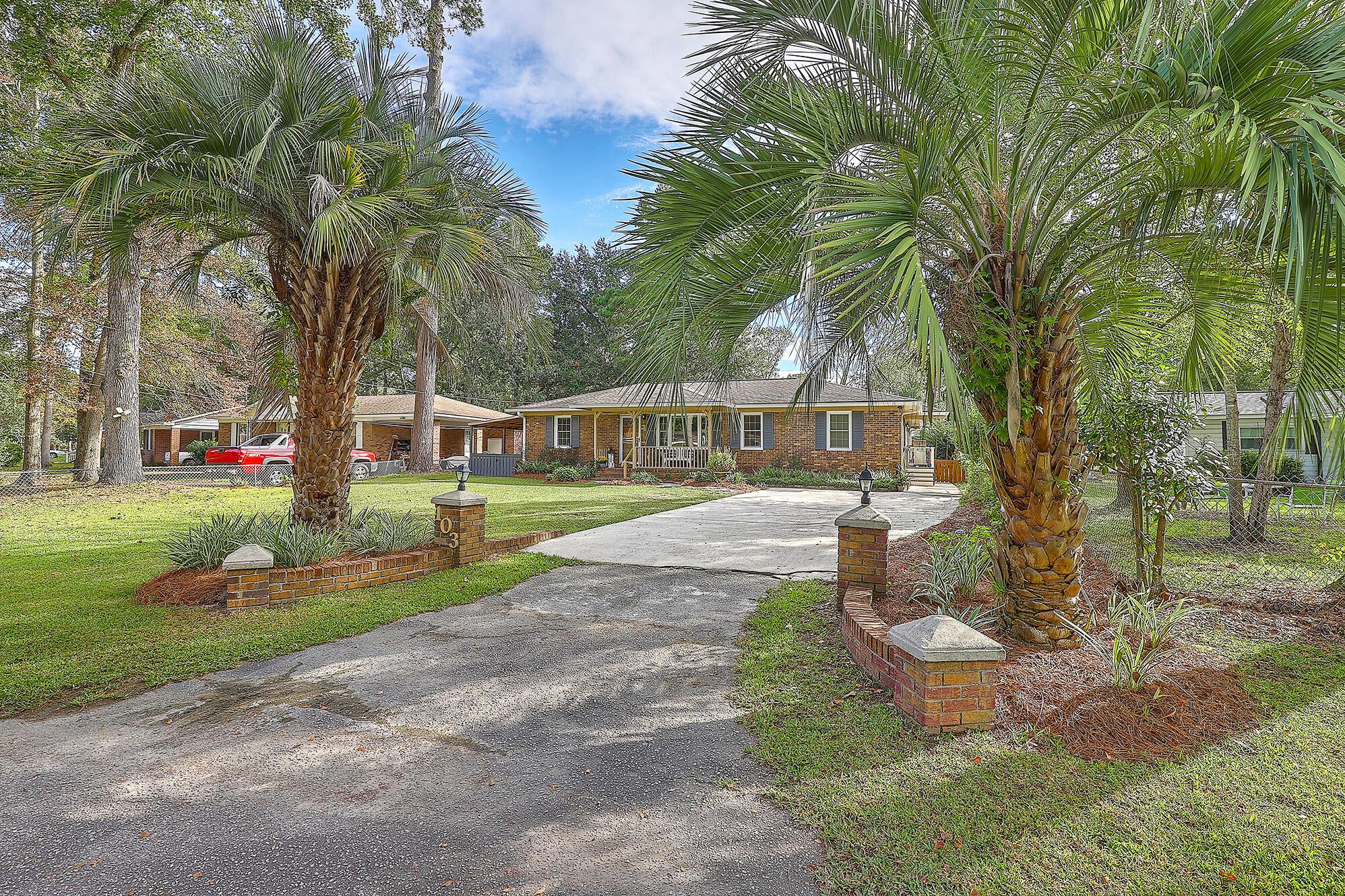 103 Helen Drive Summerville, SC 29483
