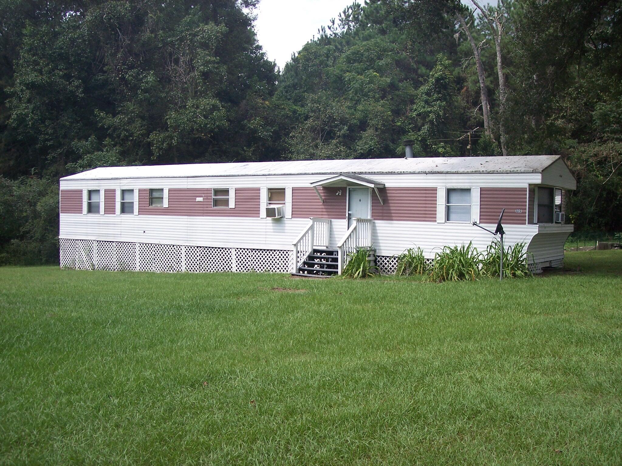 109 Alton Way Cottageville, SC 29435