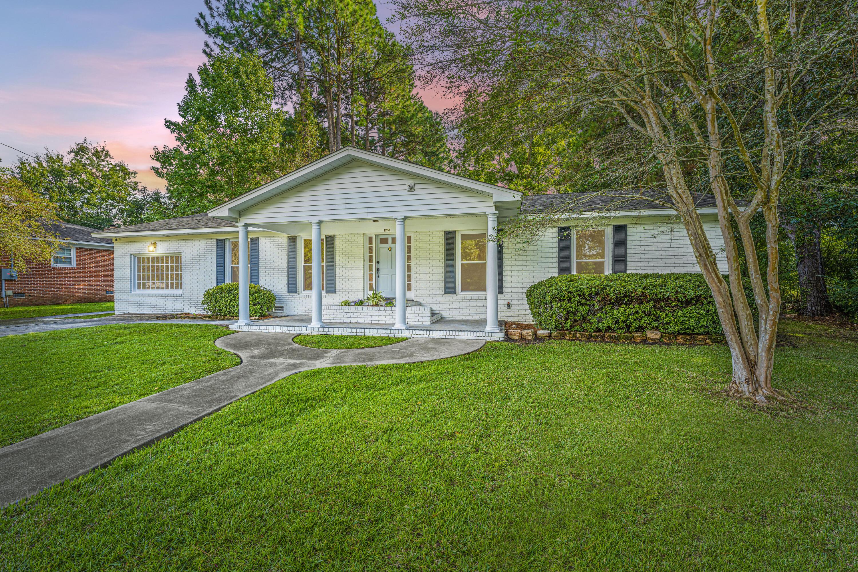 1251 Raymond Way Charleston, SC 29407