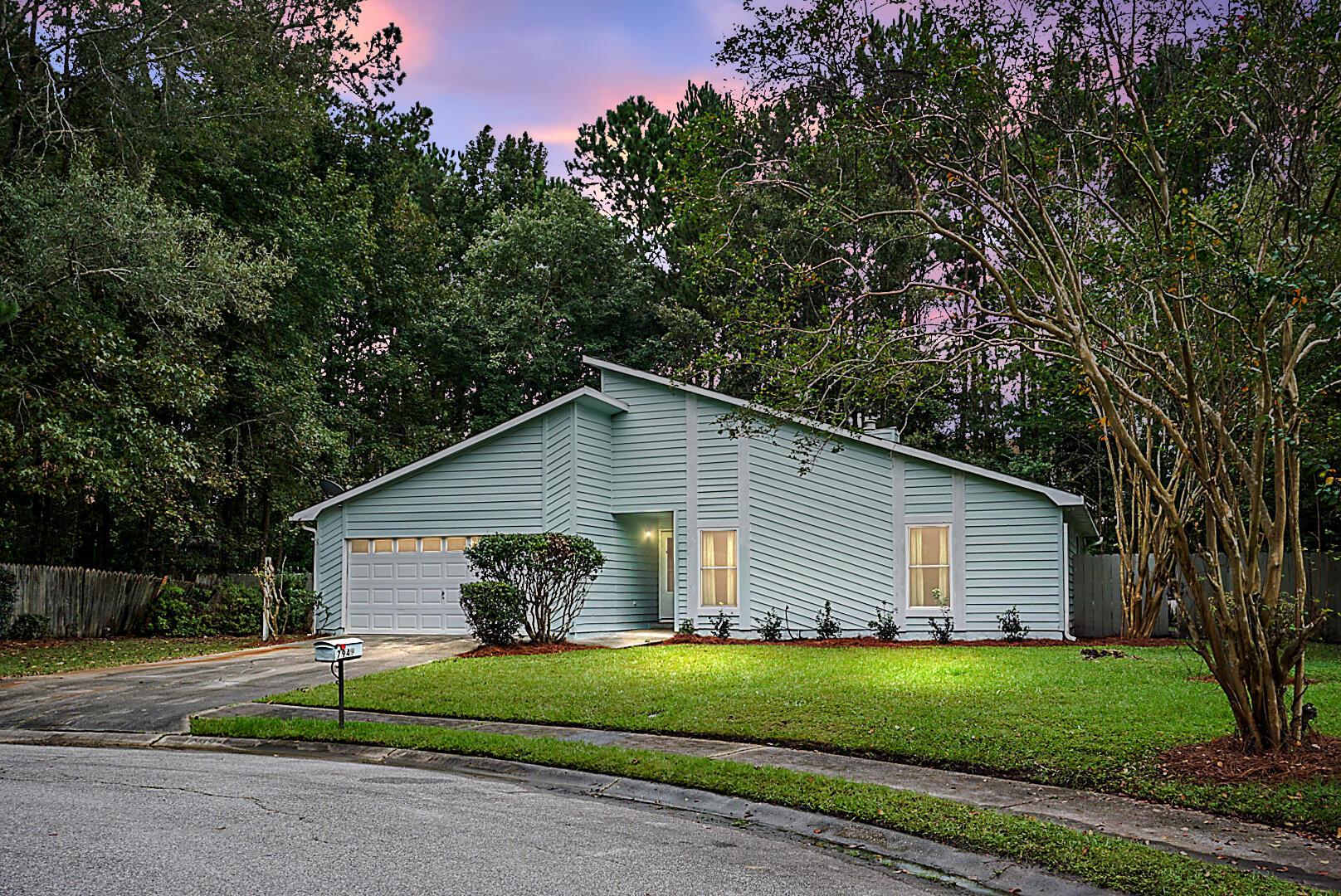 7949 Kittery Avenue North Charleston, SC 29420