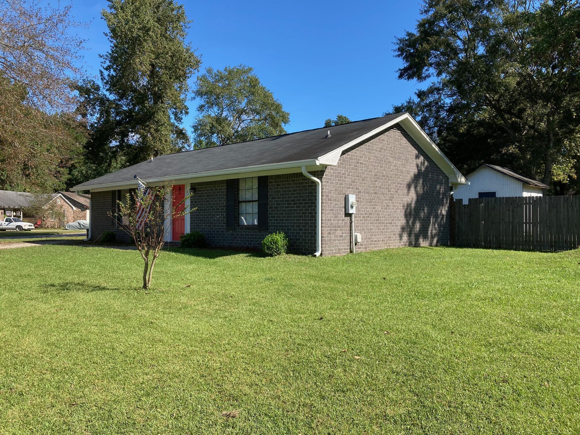 401 Carolina Circle Ladson, SC 29456