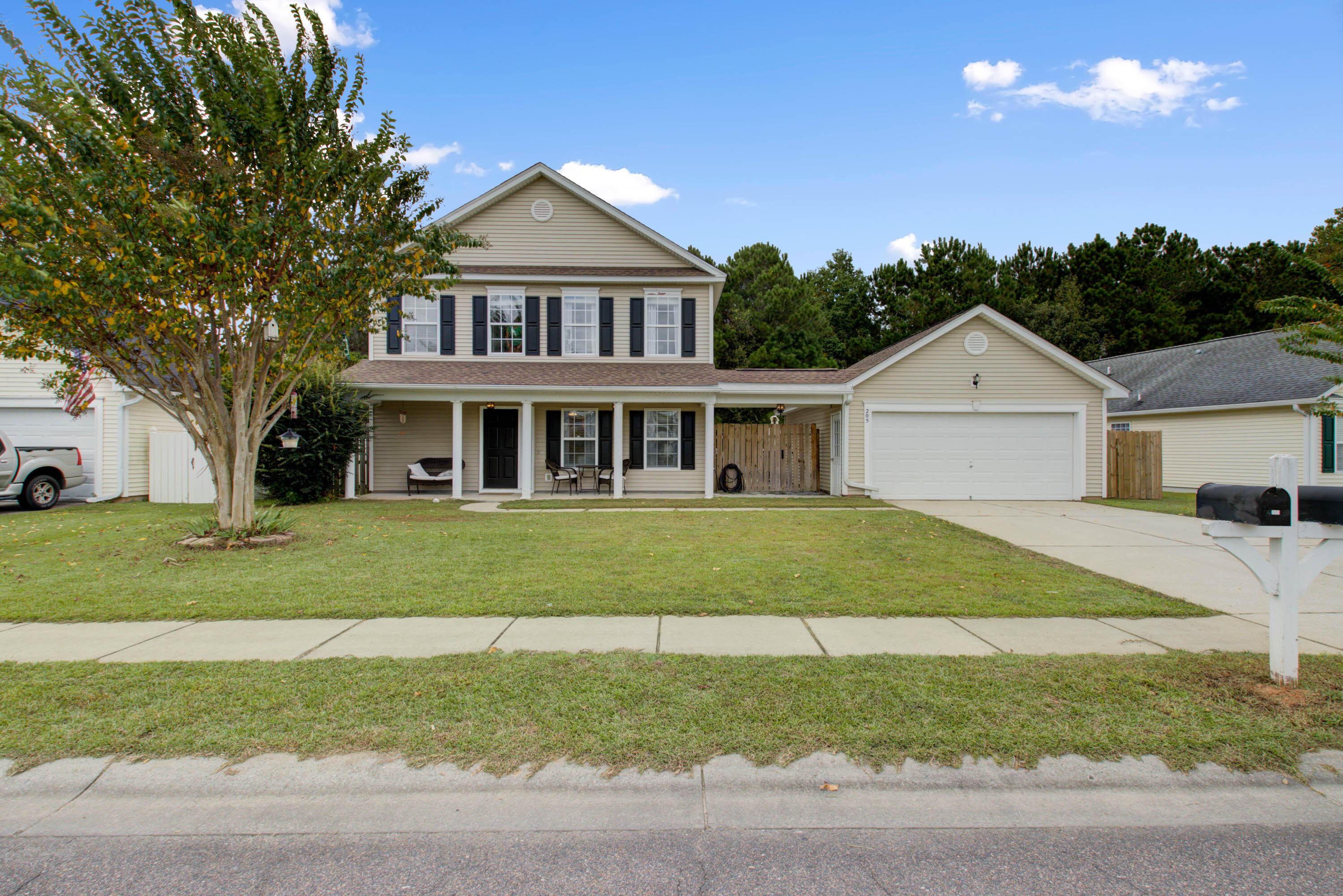 205 Savannah River Drive Summerville, SC 29485