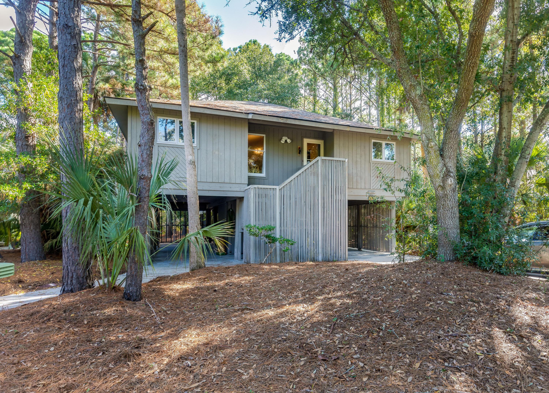 40 Twin Oaks Lane Isle Of Palms, SC 29451