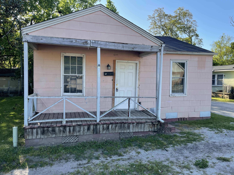2123 Cosgrove Avenue North Charleston, SC 29405