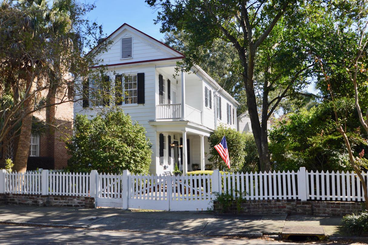 38 New Street Charleston, SC 29401