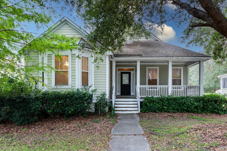 1077 Barfield Street Charleston, SC 29492