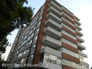 Departamento En Ventaen Santiago, Las Condes, Chile, CL RAH: 17-10