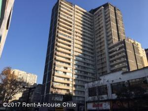 Departamento En Ventaen Santiago, Santiago Centro, Chile, CL RAH: 17-75