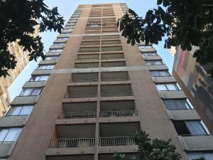 Departamento En Ventaen Santiago, Santiago Centro, Chile, CL RAH: 17-188