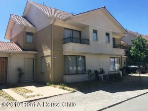 Casa En Ventaen Santiago, Maipu, Chile, CL RAH: 18-6